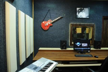 Virtual-Planet-Studio-21