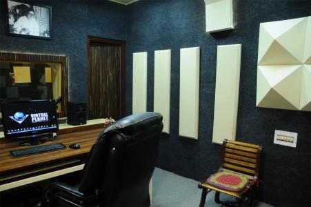 Virtual-Planet-Studio-13